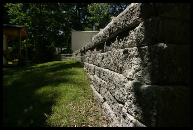 retaining walls and steps construction