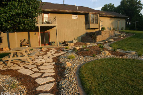 flagstone river rock and mulch
